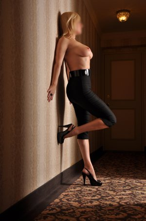 Touba adult dating in Pleasanton CA